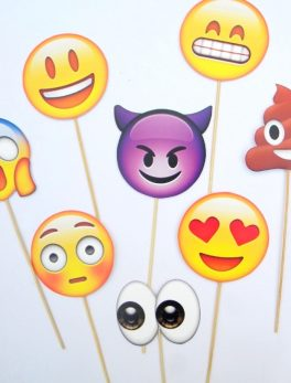 10 Emoji Face Photo Booth