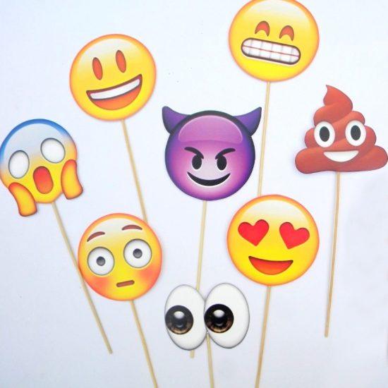 10 Emoji Face Photo Booth