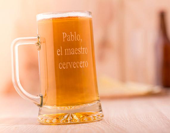 Jarra de cerveza grabada for Jarras para cerveza